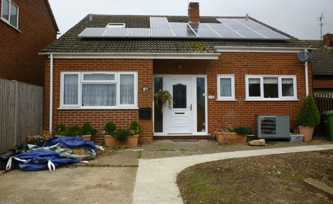 Chalet Bungalow with ASHP & Solar Thermal